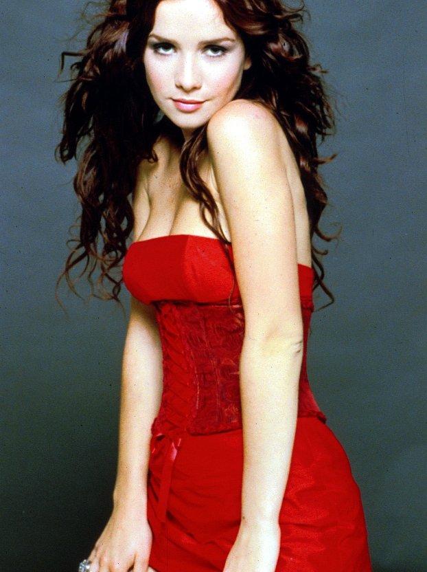 Наталия орейро в красном платье